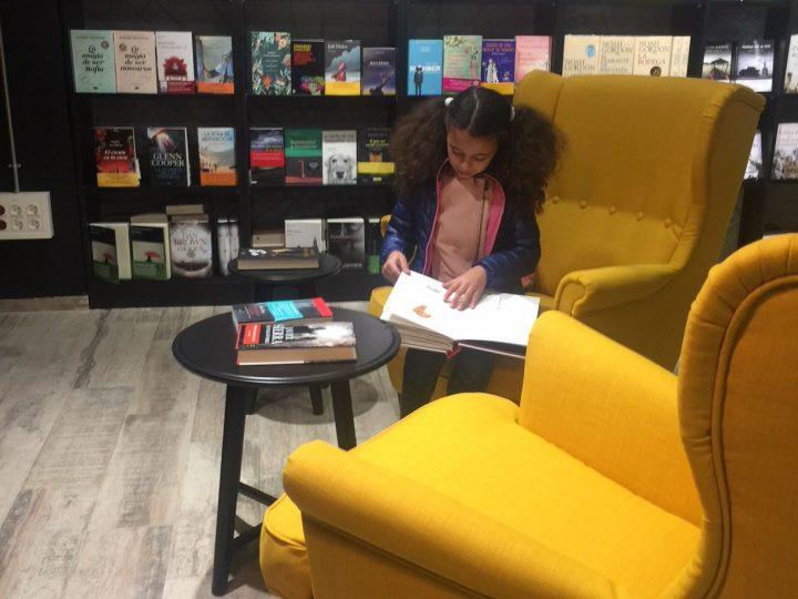Isla de Papel presente en la feria del libro de Tomares 2018